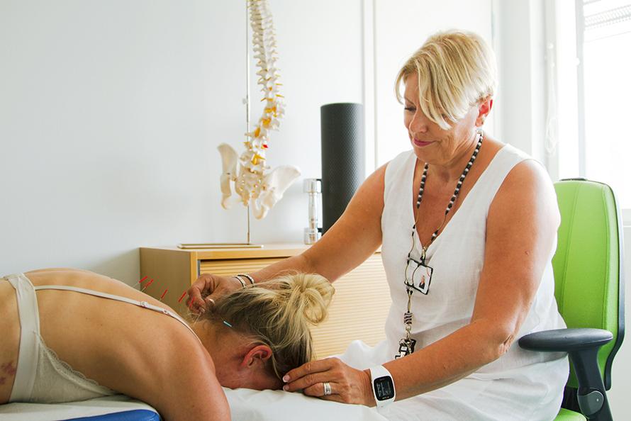 Pirtestä nyt myös akupunktiohoitoja